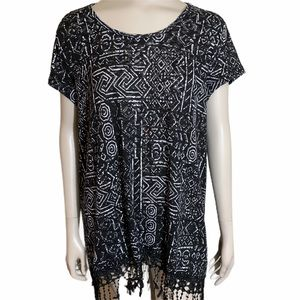 5/25.00 Westbound Top Black and White Top